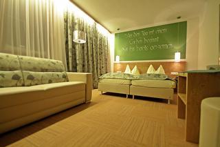 Zimmer 21-25