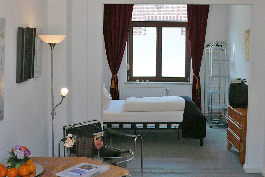 Hotels apartments in bremen der kunstsalon petra for Interieur exterieur wohnen in der kunst