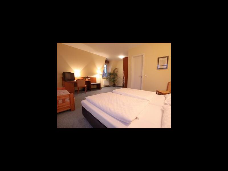 Doppelzimmer - Fernsehecke