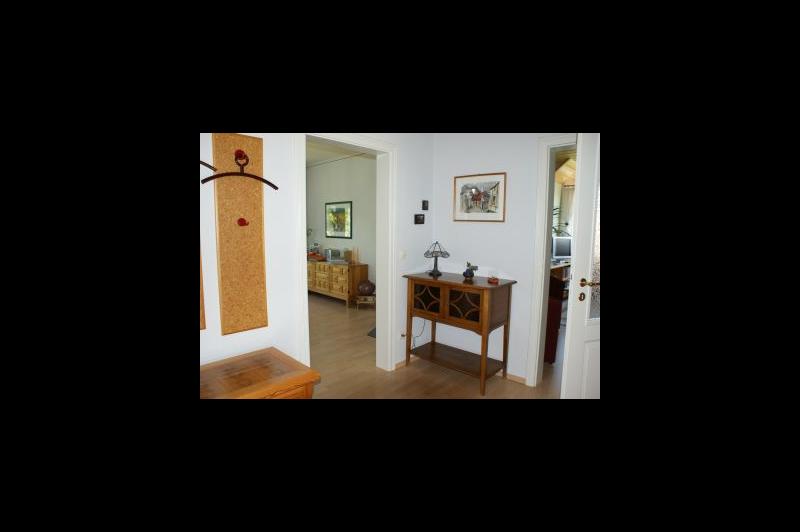 Blick von der Diele ins Wohnzimmer / Urheber: Gisela Förster / Rechteinhaber: © Gisela Förster