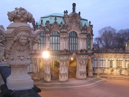 13.5. und 26.5.16: Abendlicher Stadtrundgang mit DresdenWalks, 17.30 Uhr - deutsch