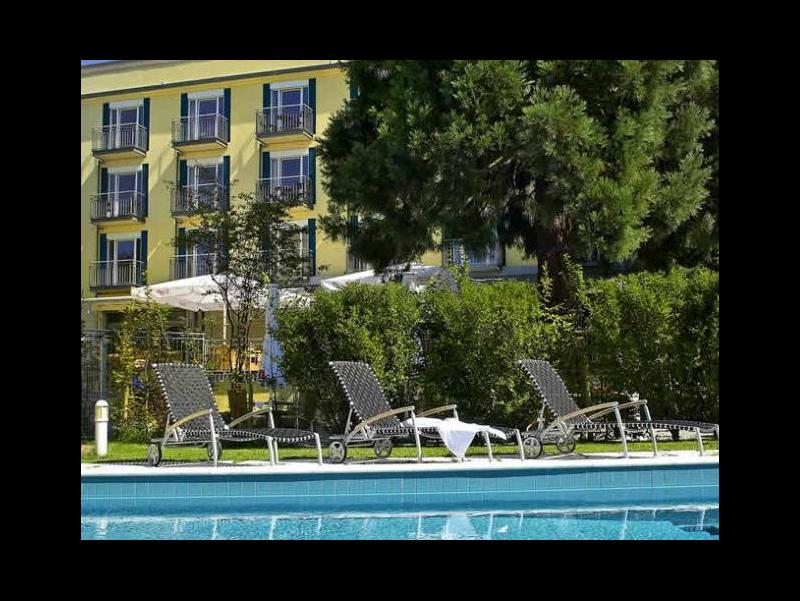 clarion hotel hirschen freiburg freiburg unterk nfte. Black Bedroom Furniture Sets. Home Design Ideas