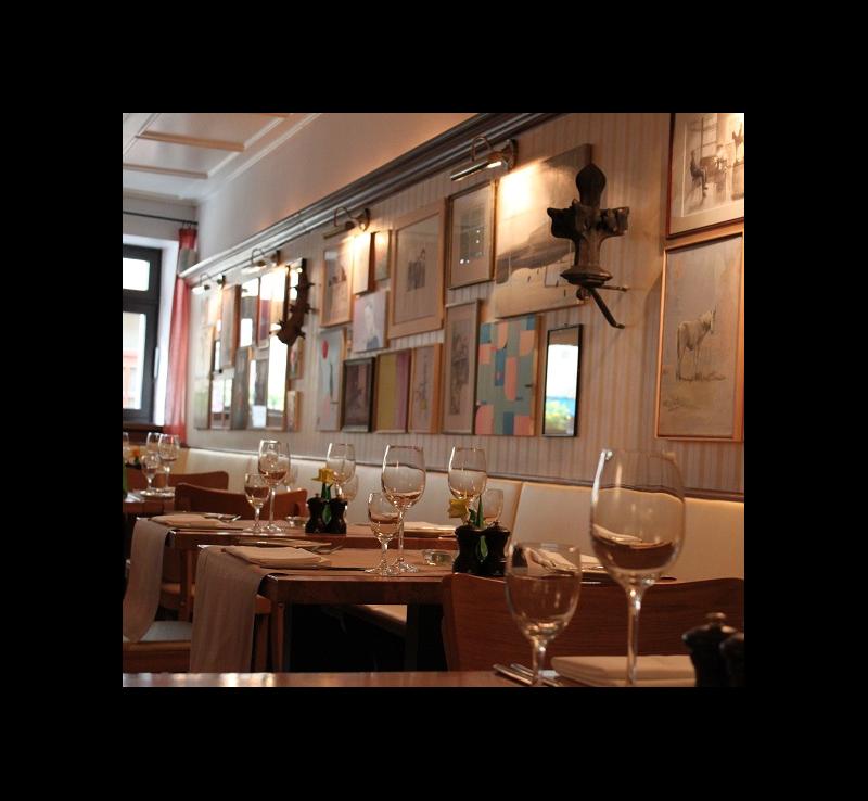 hotel restaurant kreuzblume freiburg freiburg unterk nfte. Black Bedroom Furniture Sets. Home Design Ideas