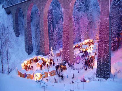 Winterwanderung: Zum Weihnachtsmarkt in die Ravennaschlucht
