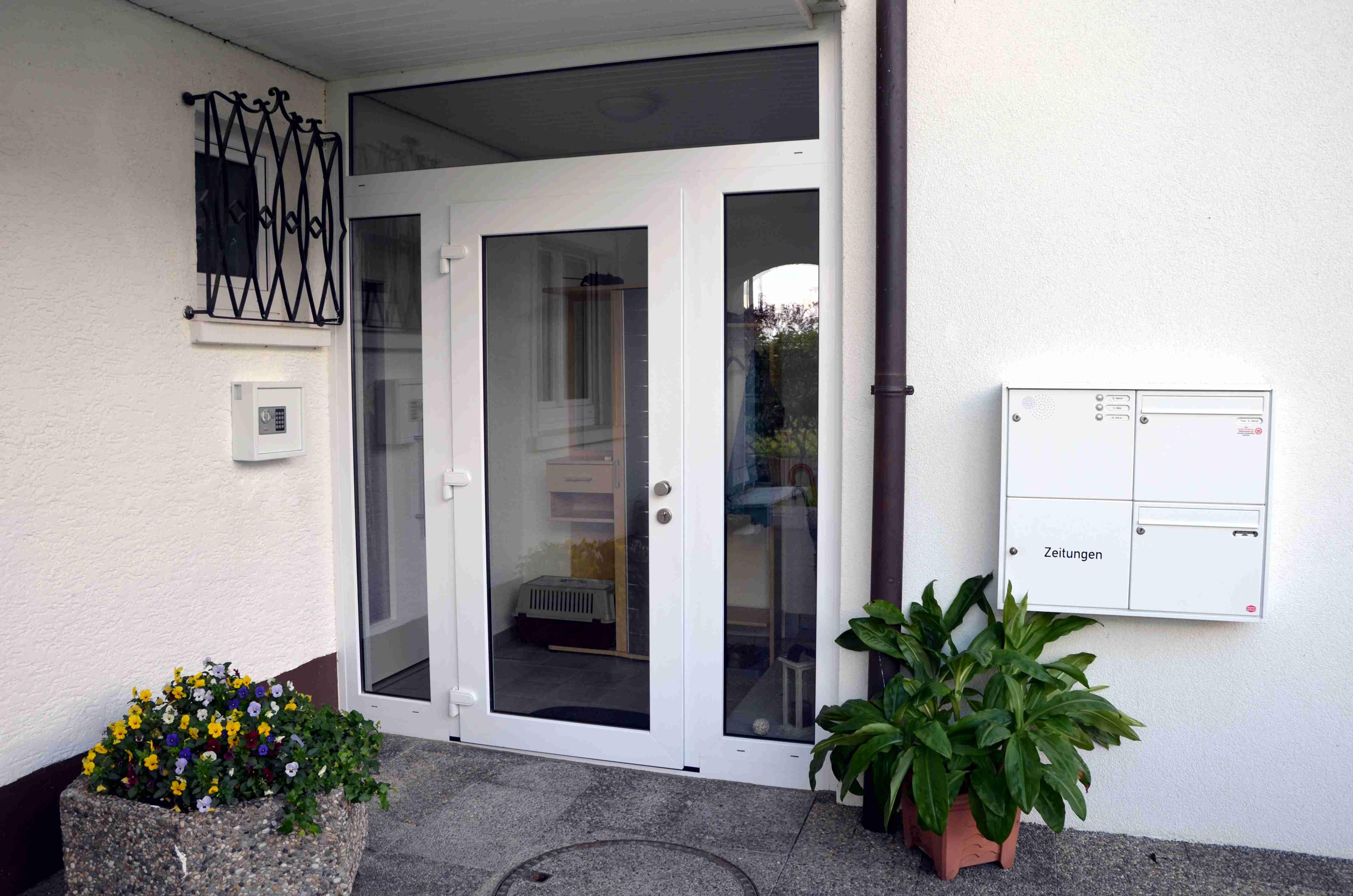 haus beirer g b r sipplingen ferienwohnung sonnenblume 50 qm 1 schlafzimmer max 2. Black Bedroom Furniture Sets. Home Design Ideas