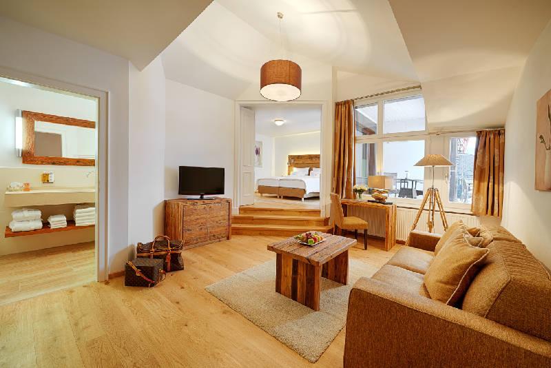 Gourmet und wellnesshotel adler h usern schwarzwald for Design hotel schwarzwald