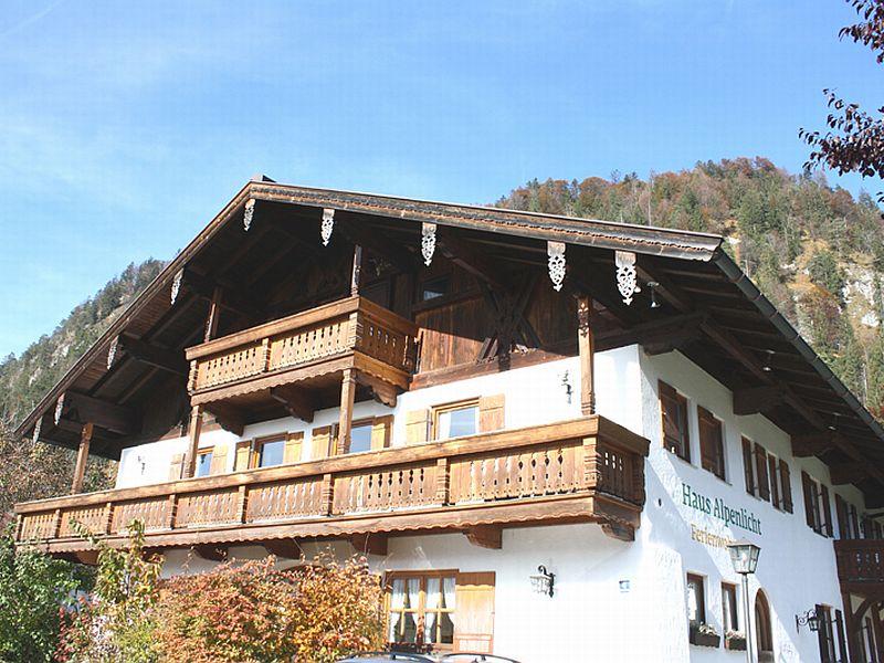 Haus Alpenlicht (DE Reit im Winkl). (02)Zwei-Raum-Ferienwohnung, 38qm, 2-4 Personen, Extra-Schlafzimmer, separate Küche, Terrasse