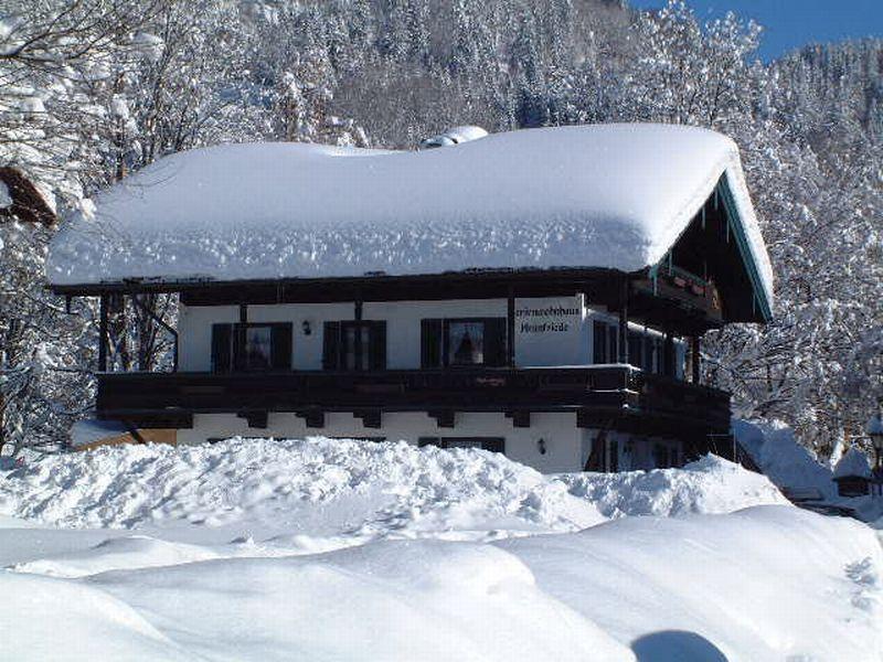 Ferienwohnhaus Heimfriede (DE Reit im Winkl). (2) Ein-Raum-Ferienwohnung 18qm, Dusche/WC, Küche, Balkon