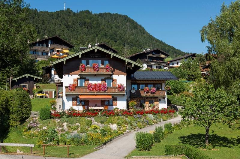 Haus Karoline (DE Reit im Winkl). Zwei-Raum-Ferienwohnung (50) 45qm