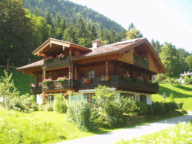 Untersüßenbrunn (DE Bischofswiesen). Ferienwohnung Kehlstein für 1-4 Pers., ca. 36 qm, Schlafzimmer, Wohnküche, Balkon