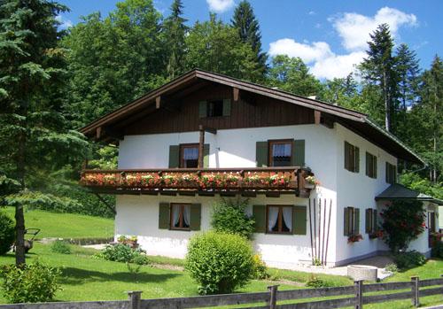 Haus Kastner (DE Schönau a. Königssee). Ferienwohnung Horst, 2 bis 4 Personen, 60 qm, 2 Schlafzimmer, Balkon