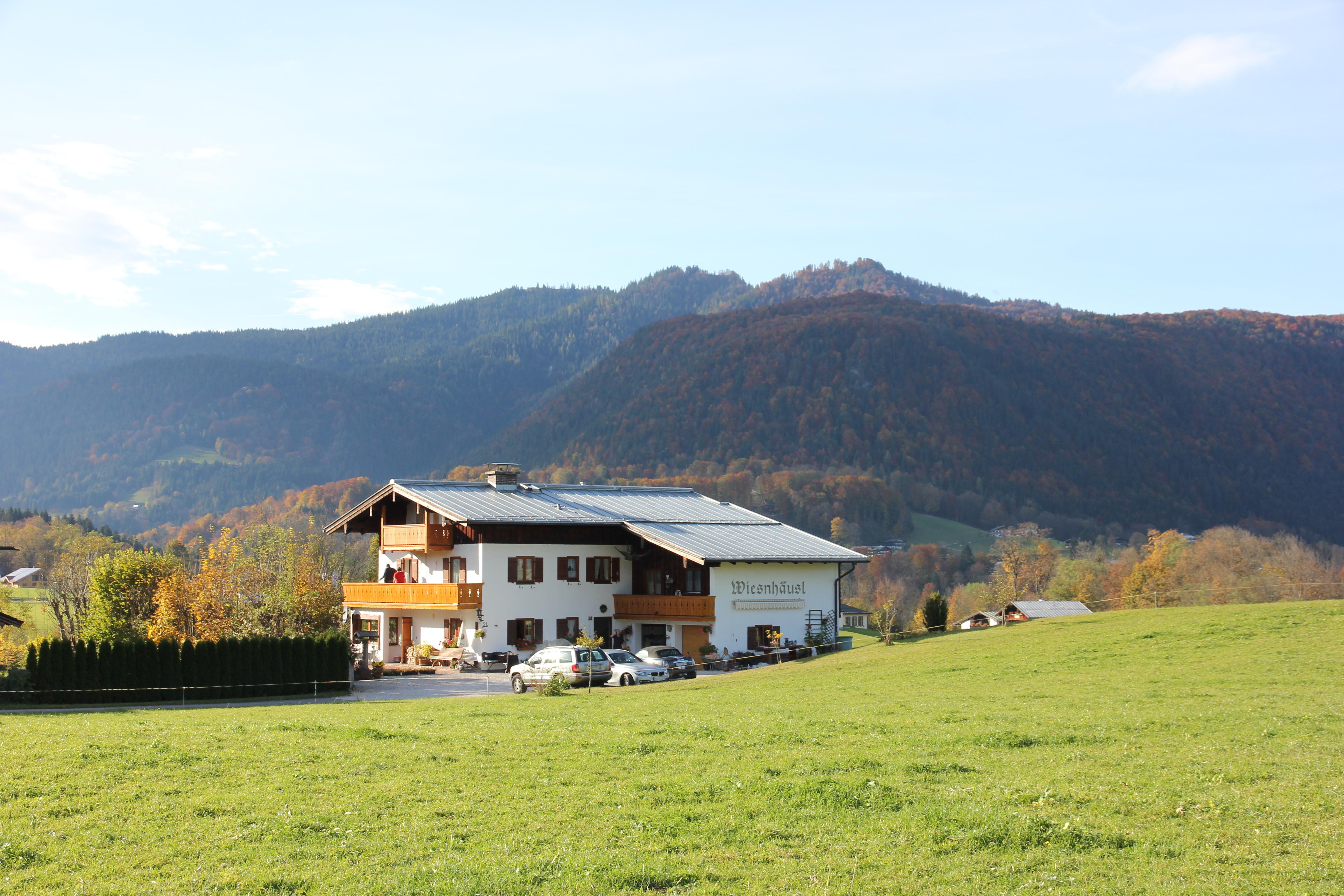 Wiesnhäusl Repak Marie-Luise (DE Schönau a. Königssee). Ferienwohnung Nr. 1, für 2 Personen, 42 qm, Wohnküche und sep. Schlafzimmer mit Balkon
