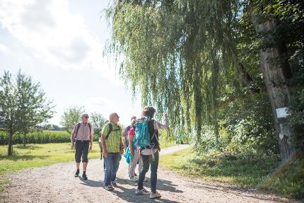 Begleitete Pilgerwanderung ab der Hedwigskapelle auf der Burg zu Burghausen ganztags