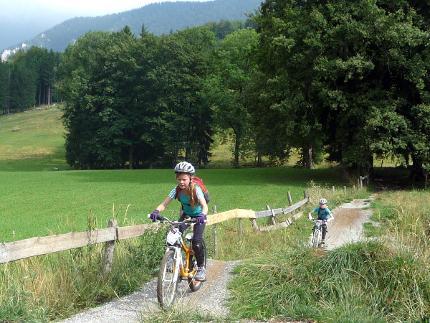Bikepark-Tag für Kids und Jugendliche von 12-16 Jahren im Bikepark Samerberg