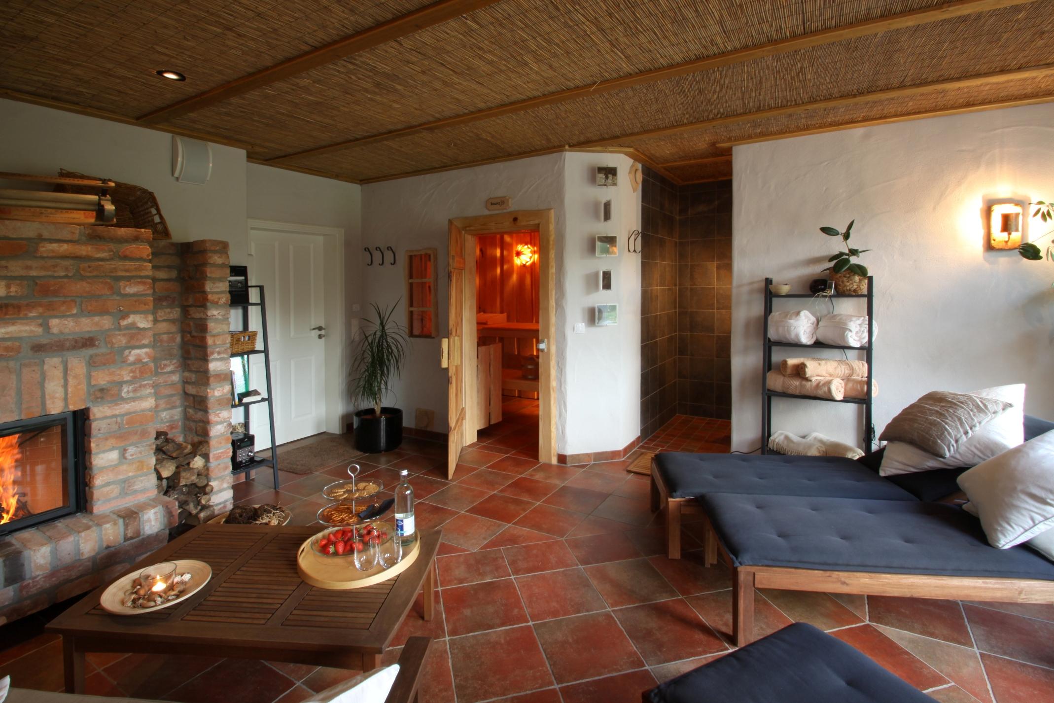Sauna und Ruheraum