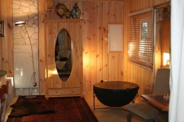 Zimmeransicht mit Trommel im Erdgeschoss