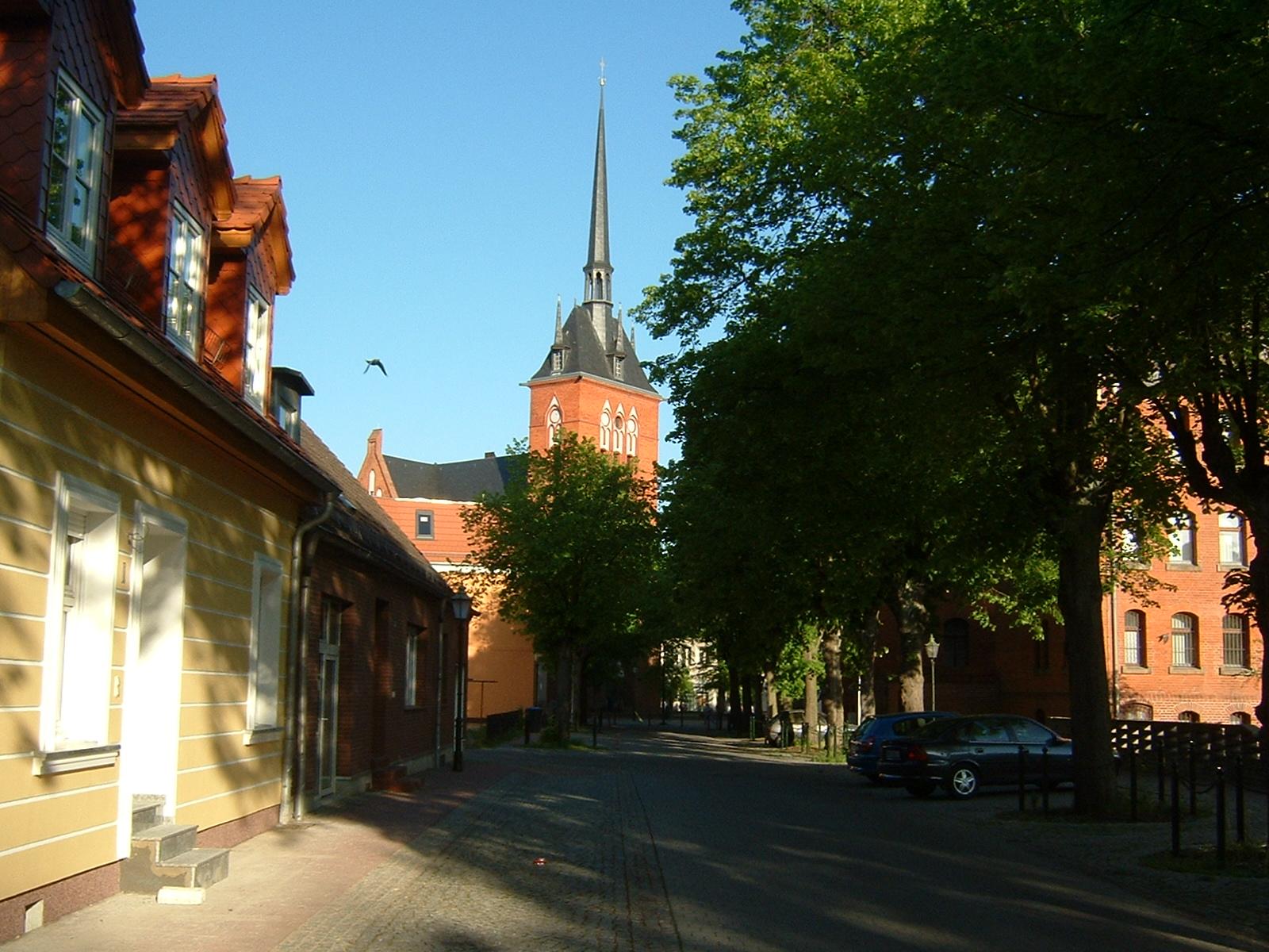 Straßenansicht in Schwedt