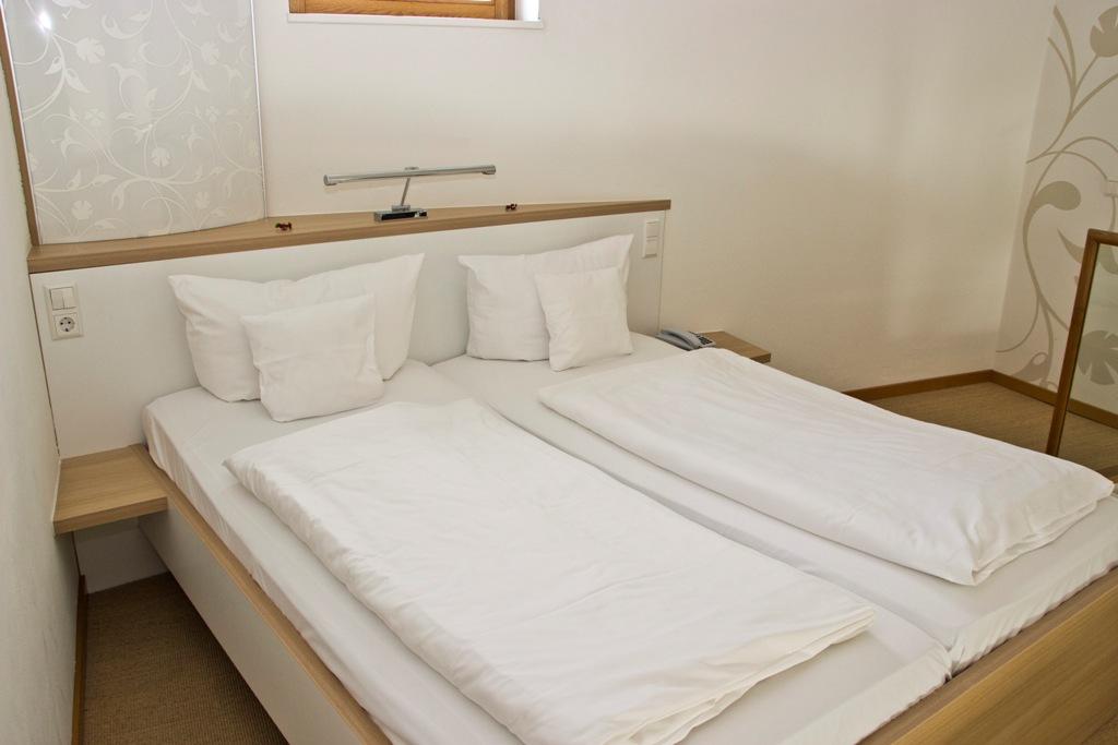 Galeriezimmer - Zimmeranschicht Bett