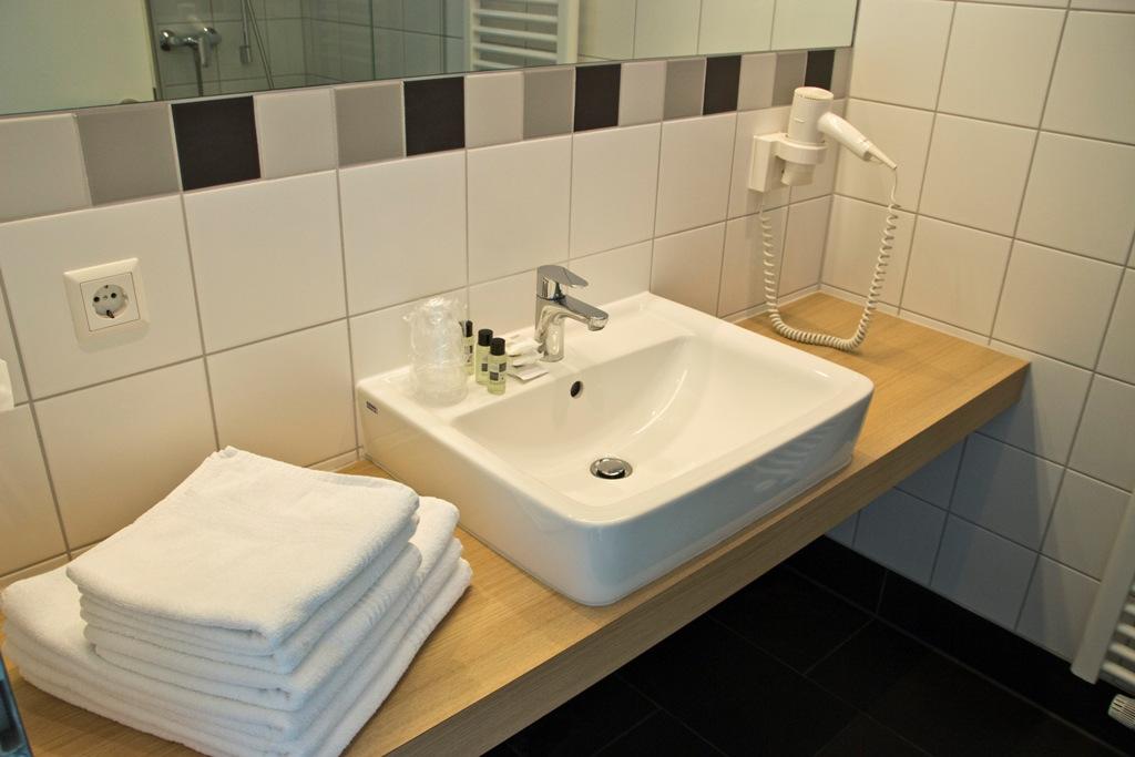 Galeriezimmer - Badezimmeransicht