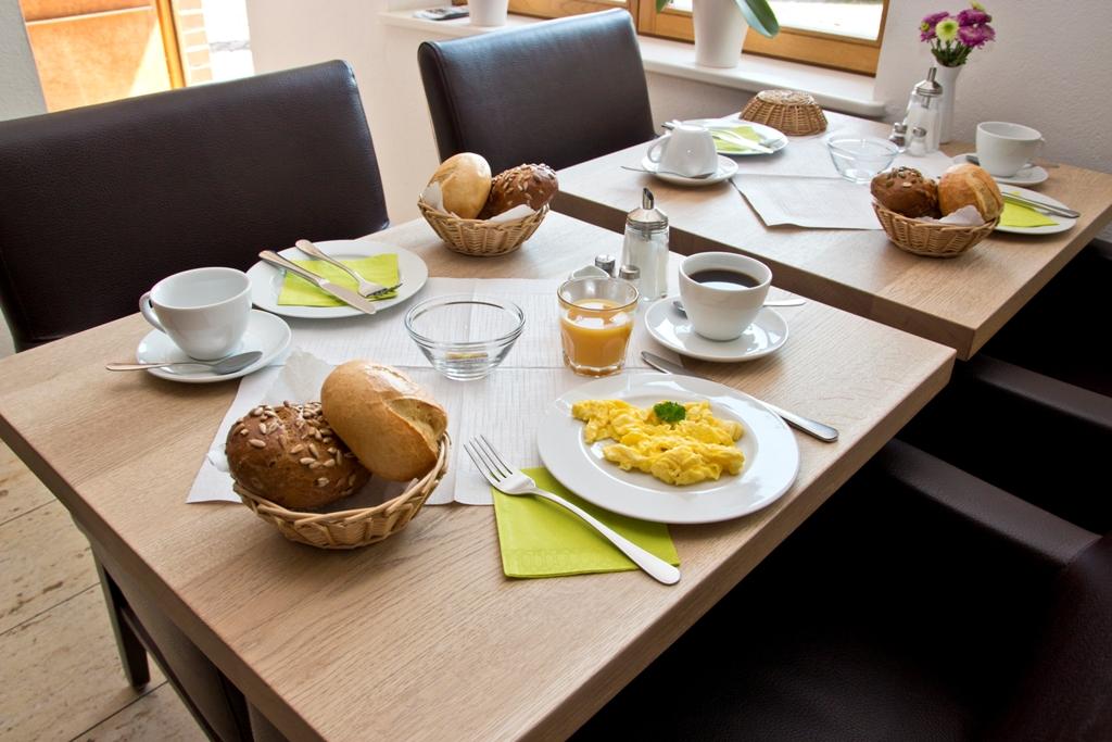 Frühstück - frische Eizubereitung