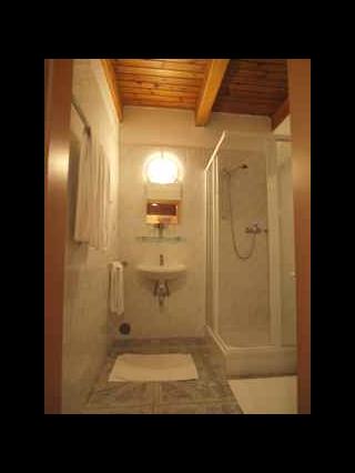 4-Bettzimmer Bad und WC