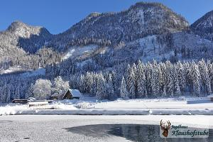 A winter fairy-tale - Lodge and fish-pond in January | © Jagdhaus Klaushofstube