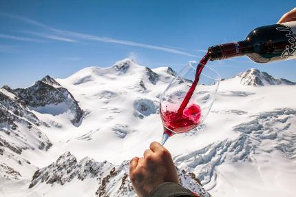 Höchste Weinverkostung Österreichs im Café 3440 am Pitztaler Gletscher