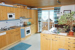 Küche der Ferienwohnung Gosaukamm | © Manuela Sommerer
