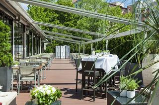 Terrasse / Rechteinhaber: © Crowne Plaza Berlin City Centre
