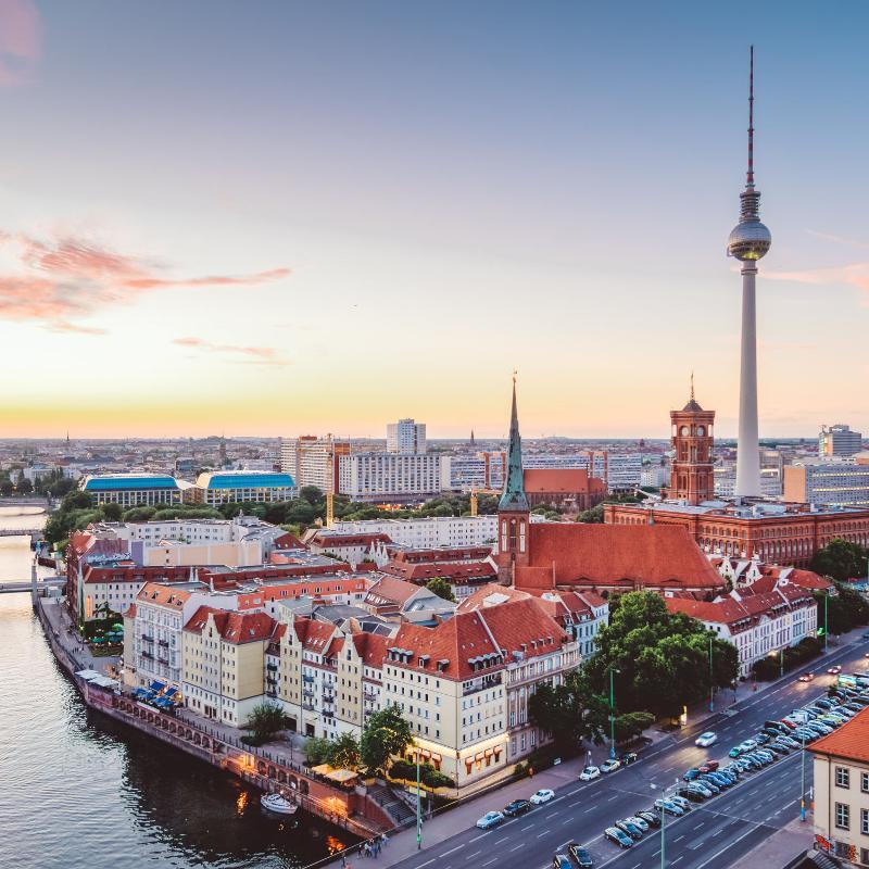 Bahn & Hotel Berlin / Rechteinhaber: © Wolfgang Scholvien