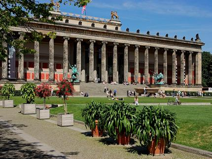 Altes Museum free under the age of 18