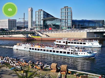 Stern und Kreisschiffahrt – Spree tour into the city - Boattour - 4 hours - Ticket reduced (disabled)