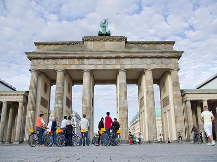 Berlin on Bike - Berlin's Best Tour by bike (incl. bike) - Ticket reduced (pupil/student)