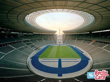 Olympiastadion – Highlight Tour mit BerlinWelcomeCard 6-14 Jahre (englisch)