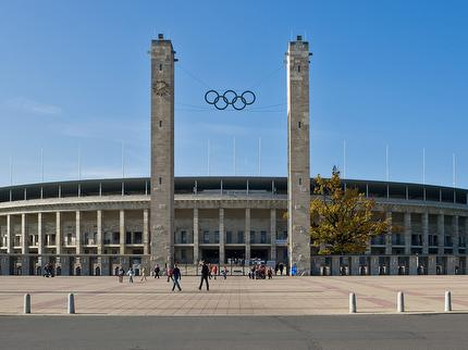 Olympiastadion – Highlight Tour Familienticket - 2 Erw.+3 Kinder bis 16 Jahre (deutsch)