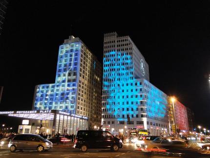 BEX - Festival of Lights 2020 - Lightseeing Bustour ab Kurfürstendamm 20 Uhr - Kind 7-14 Jahre