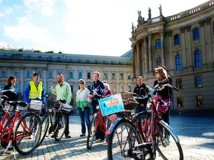 "Free Berlin - Guided Bike Tour ""Good morning Berlin"" (incl. bike & helmet) - Entrance ticket adult BWC discount"