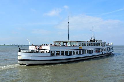 Schifffahrt Bremen - Bremerhaven - Bremen (Hin- und Rückfahrt)