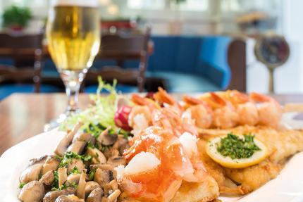 Bremer restaurant voucher (Value 15,- Euro p. p.)
