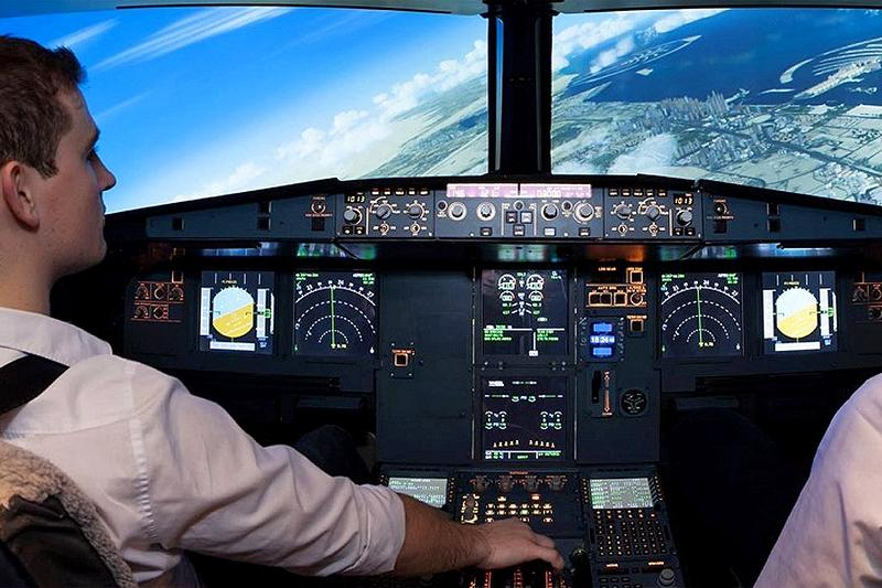 Simulation flight in A320-Cockpit (exklusive 1 person