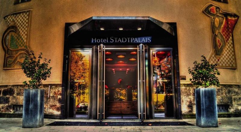 Eingang / Urheber: Hotel Stadtpalais / Rechteinhaber: © Hotel Stadtpalais