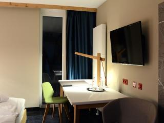 Zimmeransicht 2 / Urheber: Hotel Claudius / Rechteinhaber: © Hotel Claudius