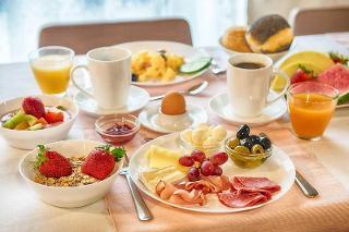 Frühstück  Hotel Senator