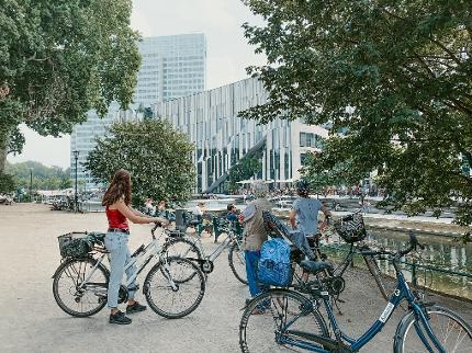 Düsseldorf per Rad mit eigenem Fahrrad (in Deutsch)