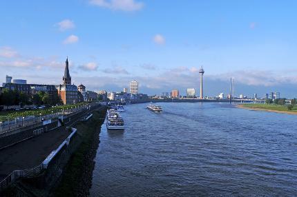 Europa in Düsseldorf (in Deutsch)