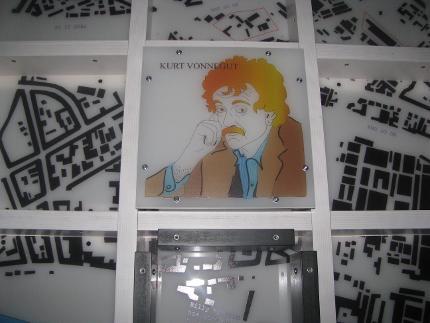 Kurt Vonnegut Tour - 11.00 Uhr
