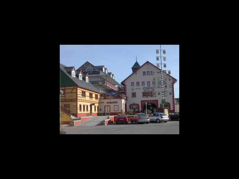 Marktplatz mit Seminarkomplex