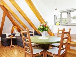 Wohnzimmer mit Couchecke / Urheber: Lutz Gerhardt / Rechteinhaber: © Lutz Gerhardt