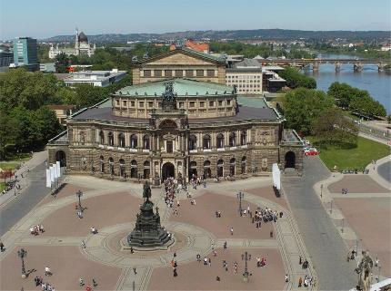 Alte und neue Glanzlichter Dresdens Baustein 3: Führung Neues Grünes Gewölbe & Semperoper - 10:30 Uhr nur am 31.12.17