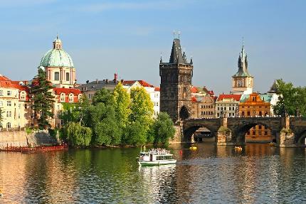 Tagesfahrt nach Prag mit 2stündiger Schifffahrt auf der Moldau